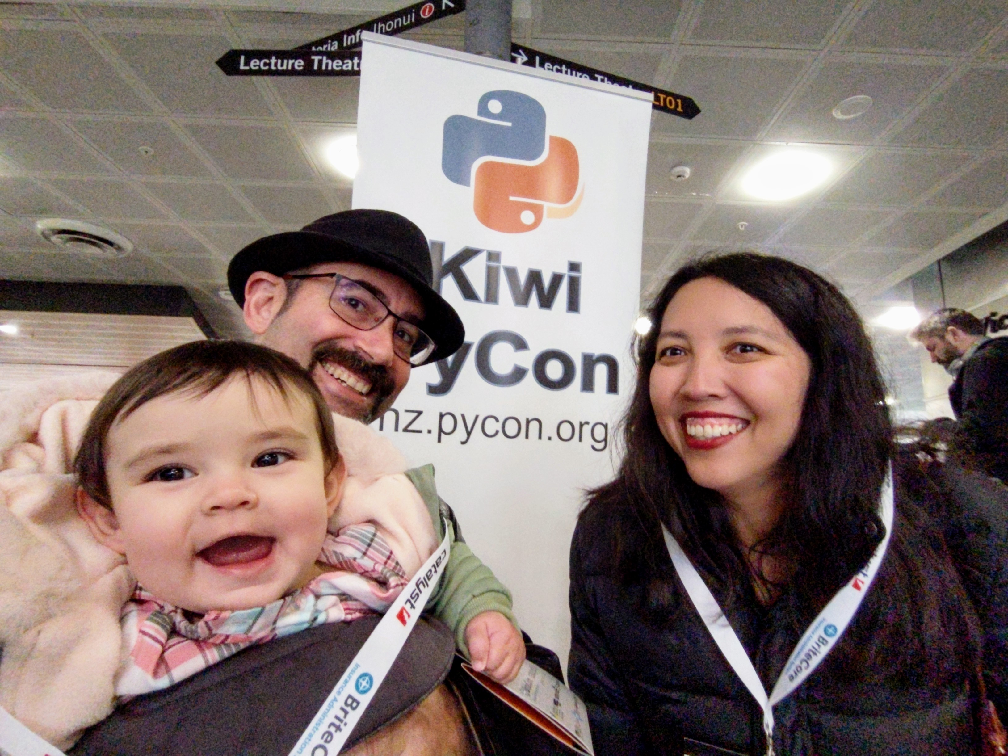 Kiwi PyCon family photo!